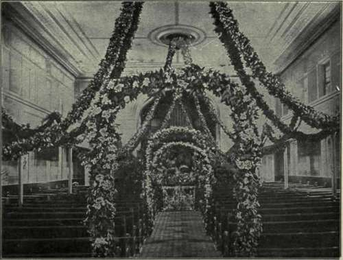 The green and white in the arches and in the pulpit decorations are easily