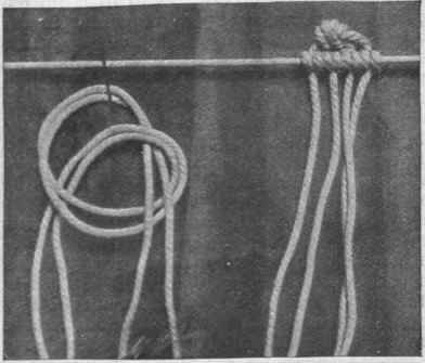 How to put on the picot knot, a method of fastening on the stitches with only one foundation cord