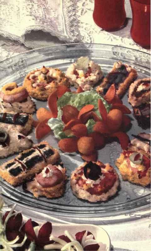 Anchovy canapes pate de foie gras canapes for Canape de caviar